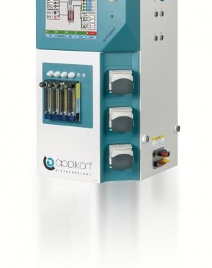 Laboratóriumi méretű bioreaktor szabályozók