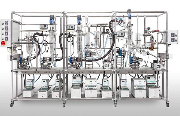 Laboratóriumi, több-fokozatú bepárló