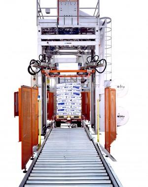 Zsugorsapkás raklap fóliázó gép