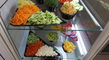 50 év tapasztalat a zöldség és gyümölcs szeletelésben és aprításban
