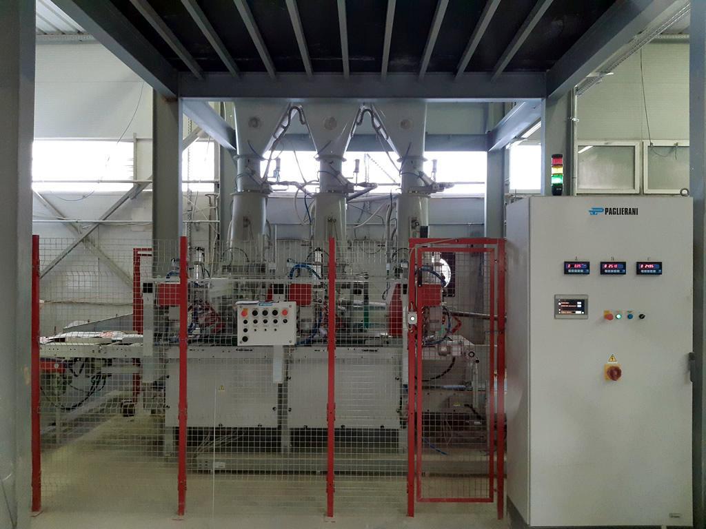 Átfogó kép a 3 állásos zsáktöltő rendszerről